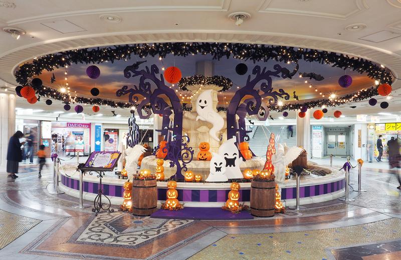 弊社プロデュースのハロウィン装飾が今年もホワイティうめだに登場!