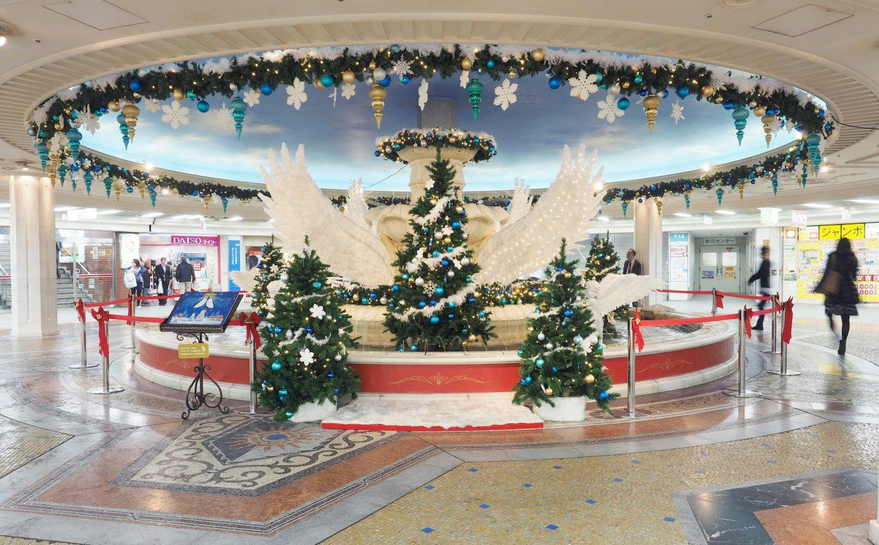 """【クリスマスイベント装飾】ストーリー性のある""""映える""""装飾で「泉の広場」のラストシーズンを華々しくPR。"""
